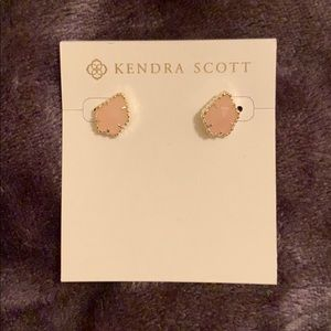 Never worn Kendra Scott rose quartz Tessa earrings